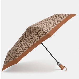 Coach Signature Umbrella BRAND NEW !!!!